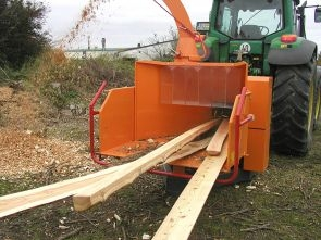 A141+Jensen+PTO+mounted+Jensen+wood+chipper-1